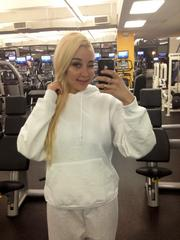 Amanda Bynes Is Reportedly Upset With Fan Who Took Her Photos