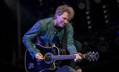 bon jovi cover the rolling stones at isle of wight closing set
